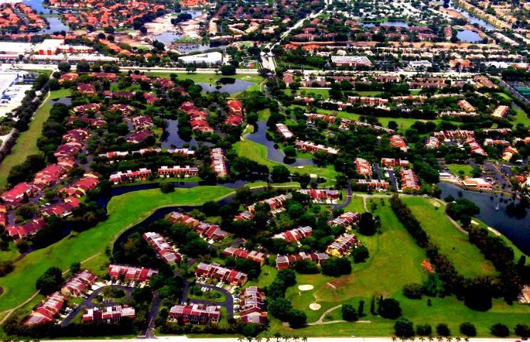 Figure 5.A residential subdivision in Florida (Credit: Tatiana Borisova)